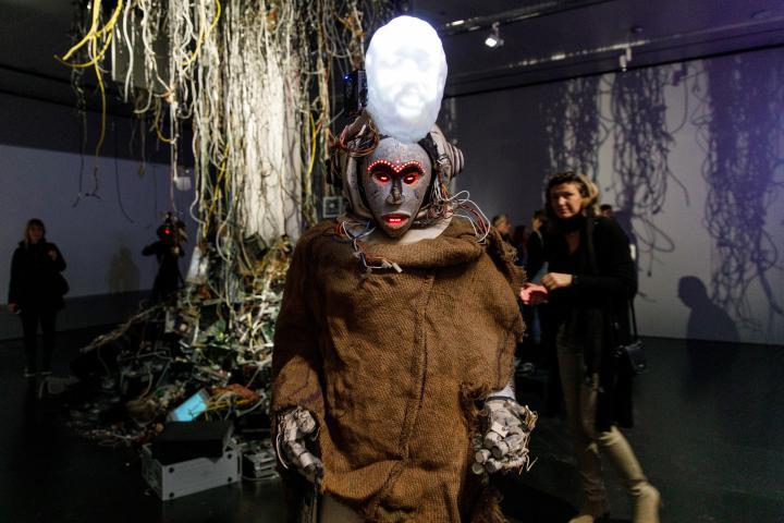 Impression der Ausstellungseröffnung »Digital Imaginaries – Africas in Production«