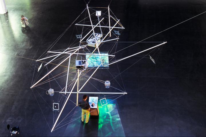 Web of Life (Satellitenstationen)