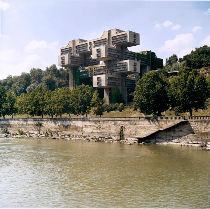 Werk - Straßenministerium (G. Tschachawa / S. Dschalaganija / T. Tchilaw / W. Klinberg, Tiflis, Georgien, 1975) - MNK_03716_03196_chaubin_straß