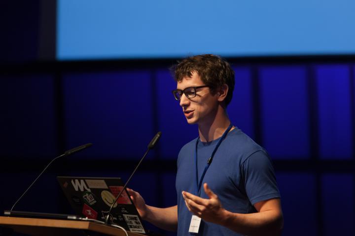 Nicolas Kayser-Bril @ Symposium »Onlinejournalismus und die 4. Macht«, 18.9.2015