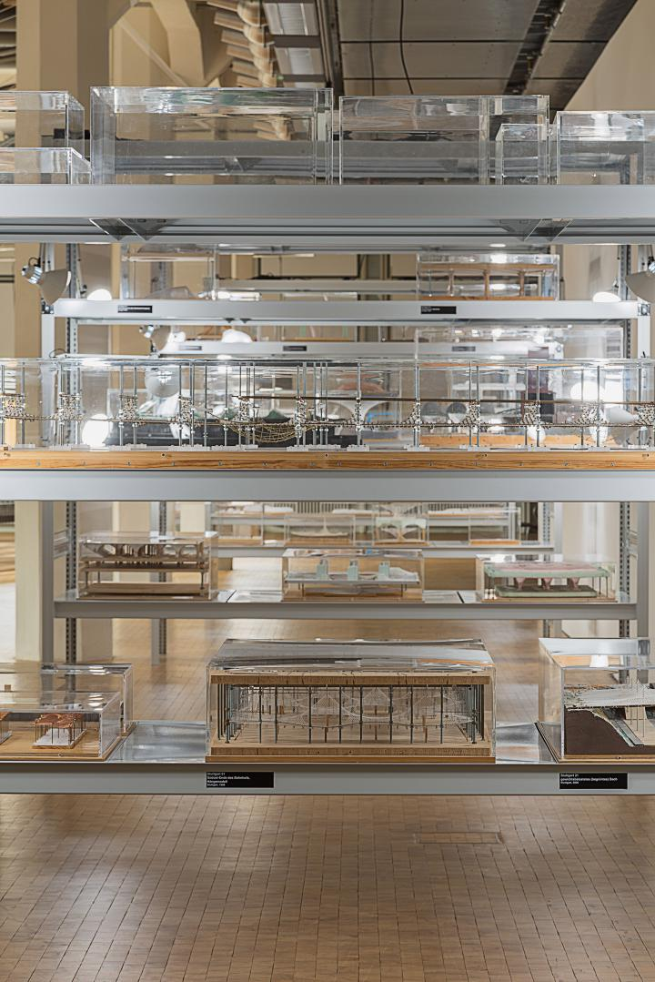 View into the Frei Otto exhibition: Models in a white shelf