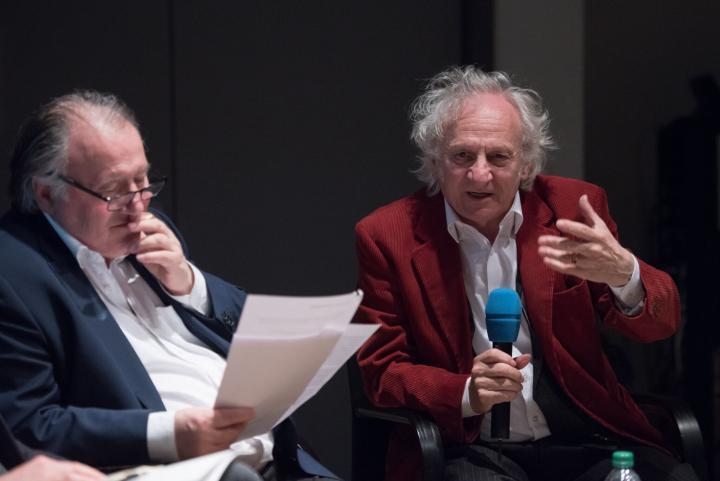 Peter Weibel und Siegfried Zielinski bei der Podiumsdiskussion